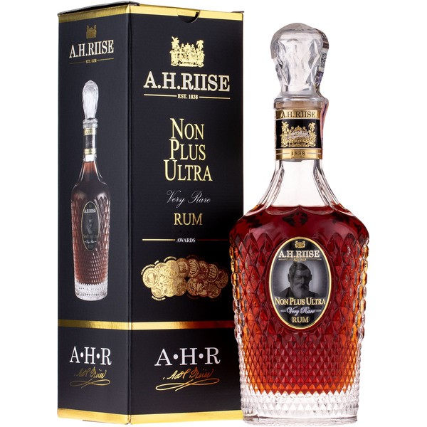 Rum A.H. Riise Non Plus Ultra